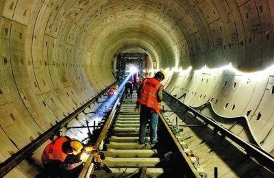 南宁地铁5号线开始铺轨 距离开通又近一大步